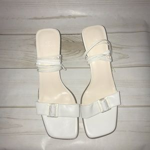 Anne Klein White Sarcasm Lace Up Sandal 7.5